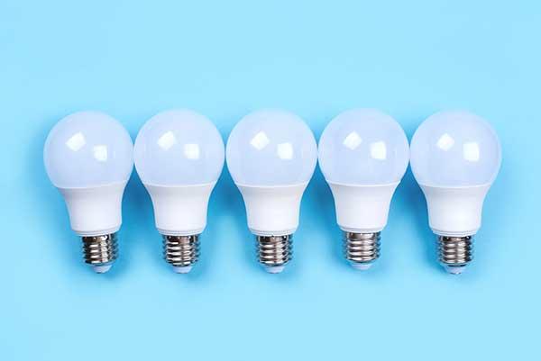 Kilowatt Power How Much | Image of Bulbs
